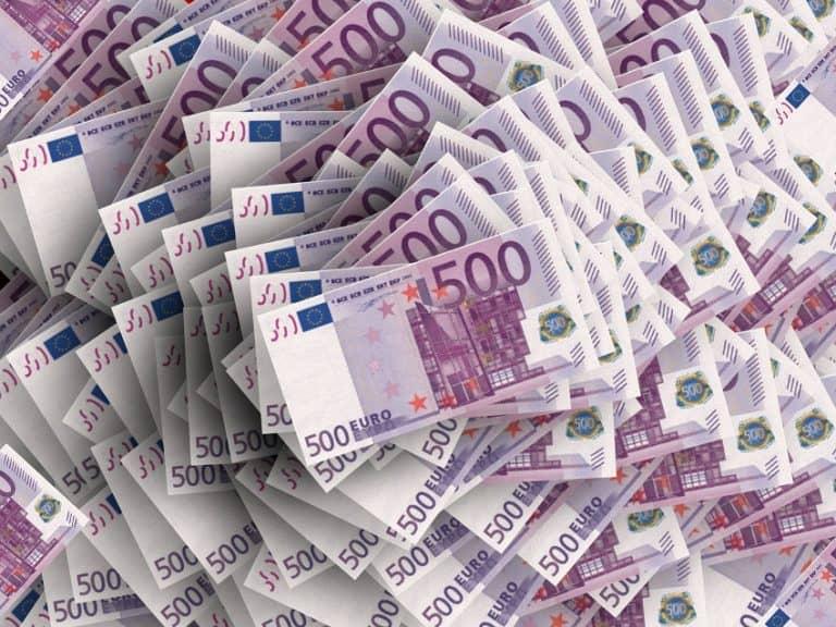Fixer Zinssatz – Bei Steuernachzahlungen macht der Staat ordentlich Kasse.