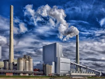 Schwieriger Balanceakt – Die Bundesregierung will wichtige Industriezweige besser schützen ohne Protektionismus zu betreiben.
