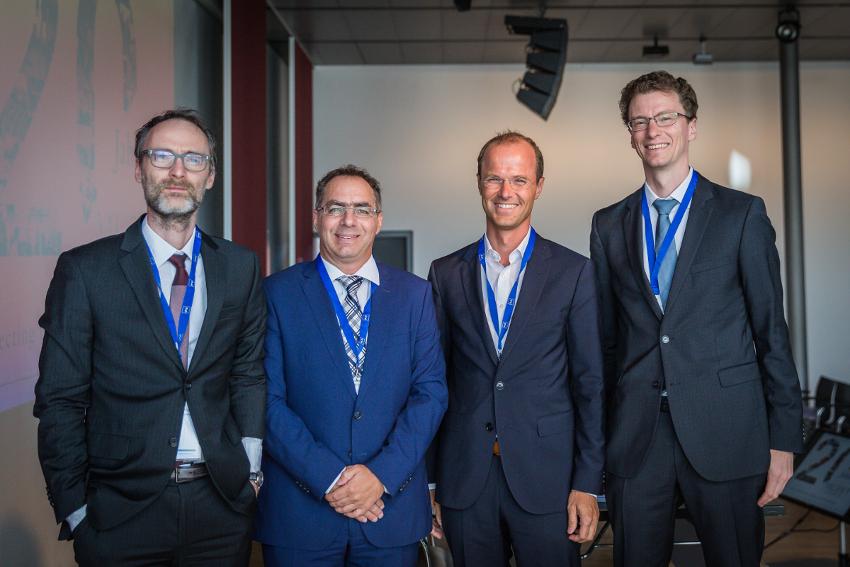 """v.l.n.r.: Dr. Sebastian Käpplinger (P+P), Stefan Klaile (Xolaris), Alexander Riha (ALR Treuhand) und Dr. Tobias Lochen (P+P) diskutierten im Rahmen der MUPET 2019 die """"Baustellen"""" bei der Beantragung einer KVG-Vollerlaubnis."""