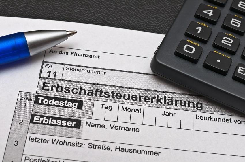 Termfix-Lebensversicherungen bergen für die Erben mitunter einige böse Überraschungen bei der Berechnung der Erbschaftsteuer.