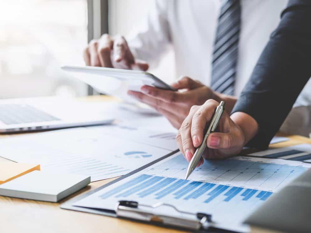 Mit der Umsetzung der EU-Richtlinie DAC 6 ändern sich auch die steuerlichen Mitteilungspflichten für Private Equity Fonds. Quelle: Ngampol/AdobeStock