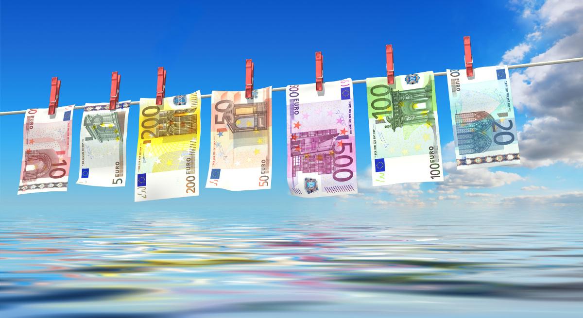 Geldwäscheprüfung Quelle: bluedesign/AdobeStock